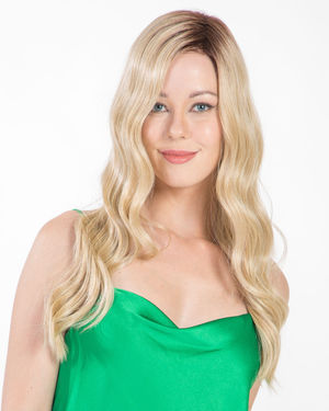 Maxwella 22 Lace Front & Monofilament Synthetic Wig by Belle Tress