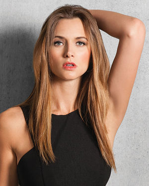 16 inch Straight Synthetic Clip-in Extension 8pc Kit by Hair Do
